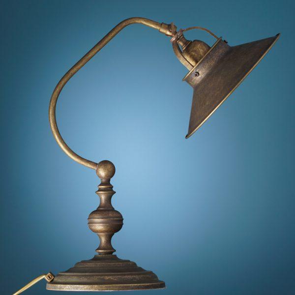 Lučka namizna kovina